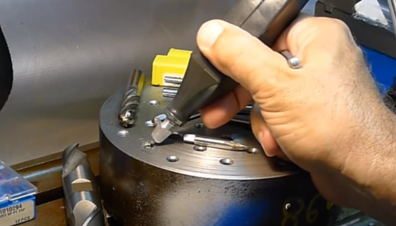 resize,m fill,w 1004,h 574# - 18 Ways to Remove Broken Taps and Drills in The Workpiece